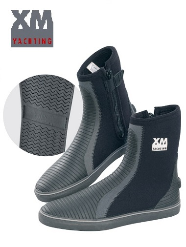 XM Neoprene boots (only UK 10 now left)